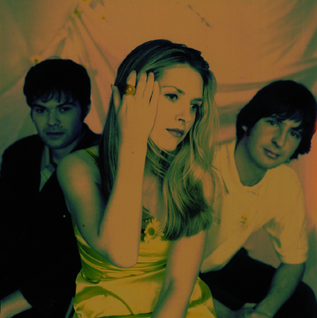 "Saint Etienne: ""Tonight"" brims with the sweetness of anticipation"