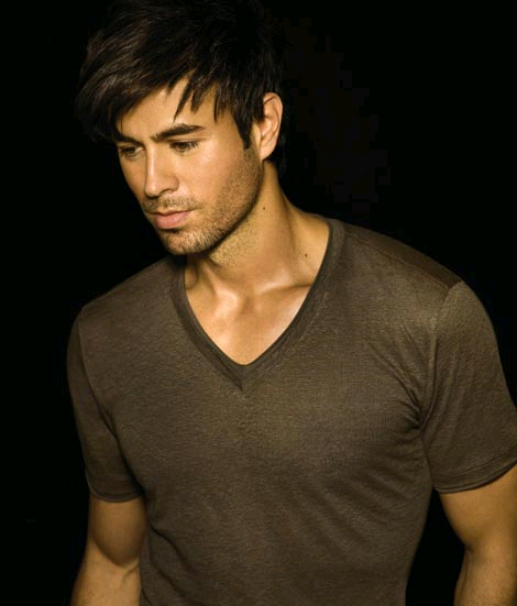 "Enrique Iglesias ""Finally Found You"": Official Review"