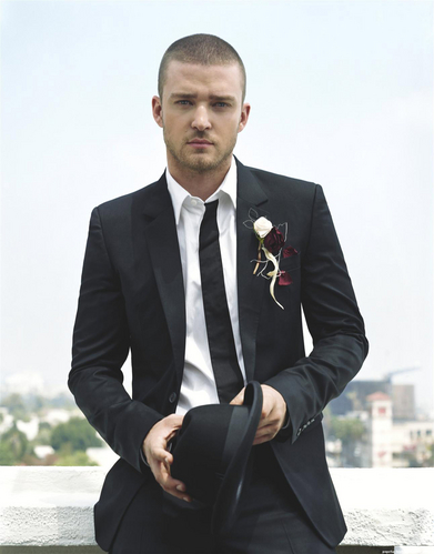 Justin Timberlake presents 2013's first great pop song