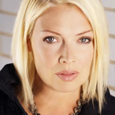 Love Blonde: Kim Wilde Discussed