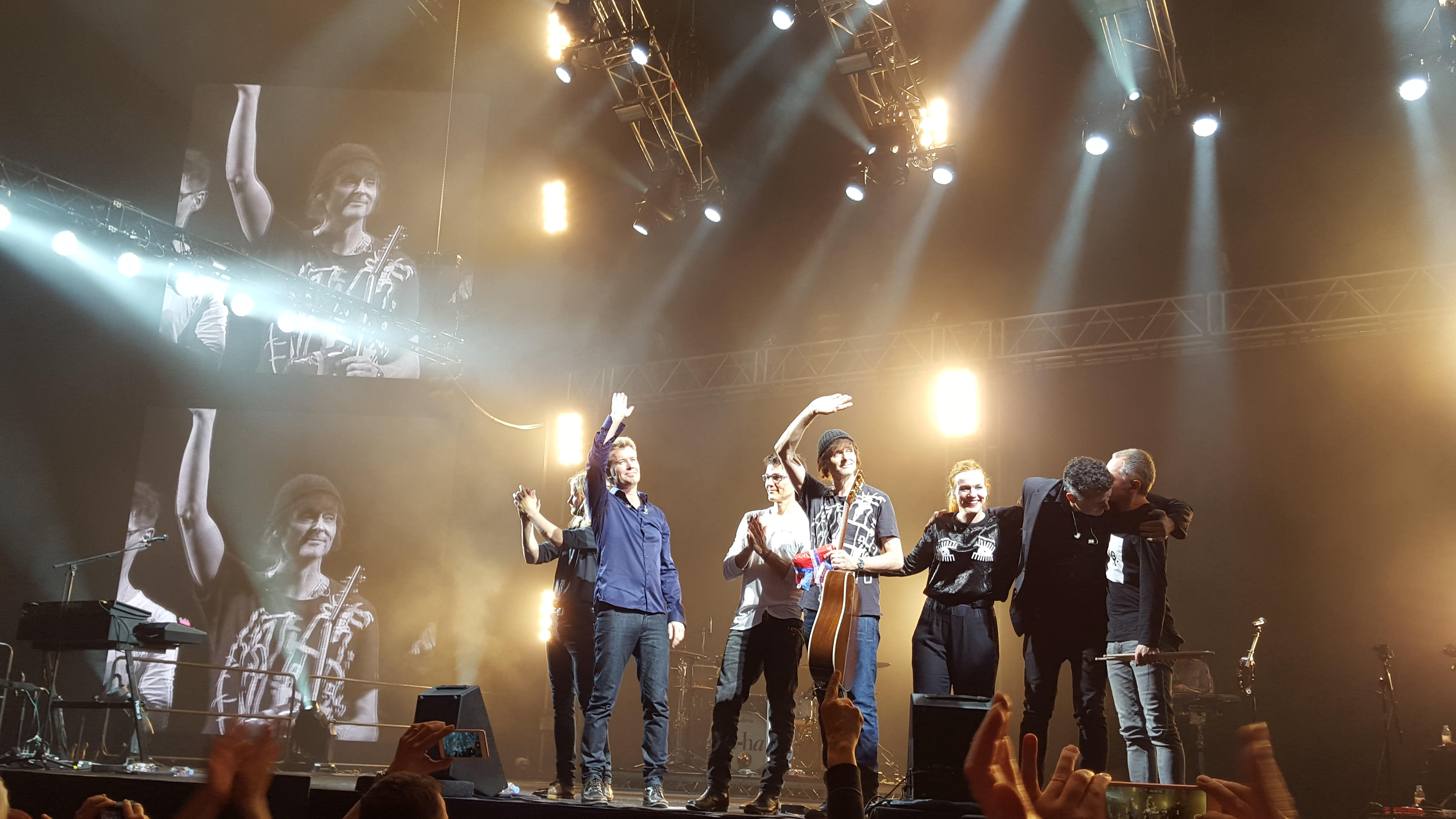 a-ha bidding farewell at Oslo Spektrum